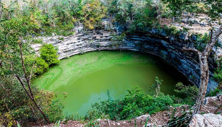 cenote cerca de Chichen Itza