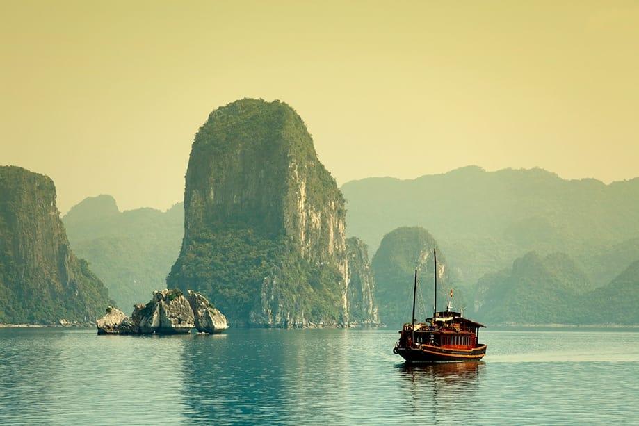 halong bay cómo llegar | Rojo Cangrejo blog de viajes