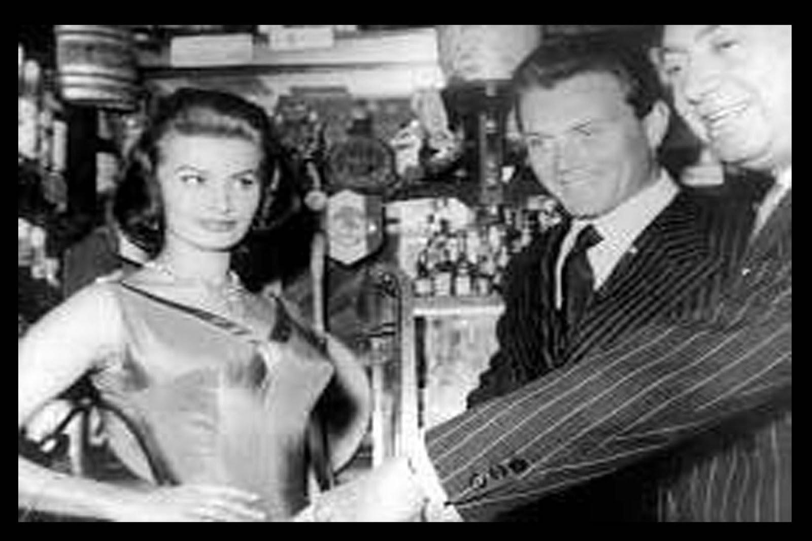 Chicote y Sofia Loren | Rojo Cangrejo Blog de Viajes