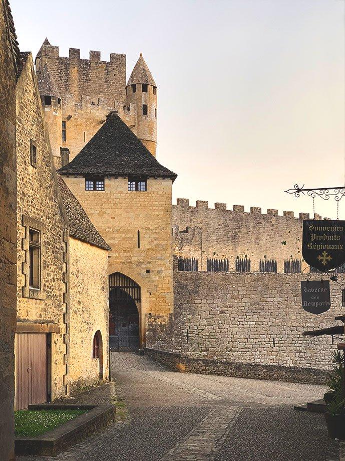 castillo de Beynac Francia | Rojo Cangrejo Blog de Viajes